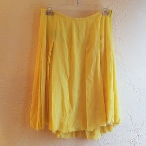 NWT Burberry yellow silk fringe lined 42 skirt